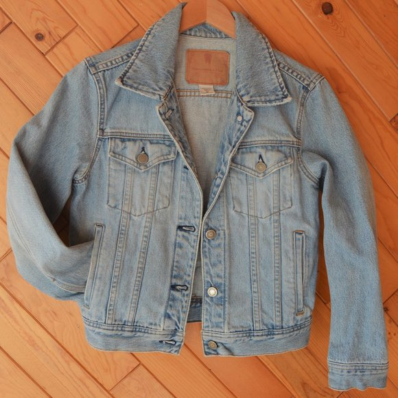 Vintage Abercrombie and Fitch Jean Jacket Medium